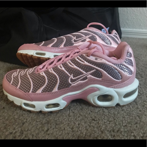 save off e5d64 4f497 Women's Nike Air Max Plus Goddess Night Out size 5